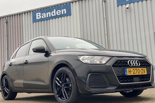 Audi A1 17 inch Dezent tr black