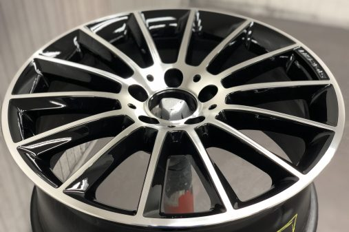 Mercedes AMG velg, CNC gedraaid, 2 lagen blanke lak glans.