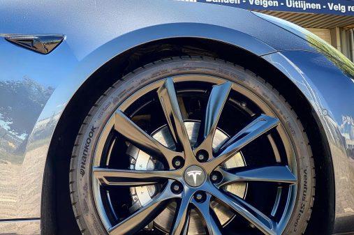 Tesla model 3 20 inch velgen